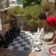 Niños jugando a ajedrez