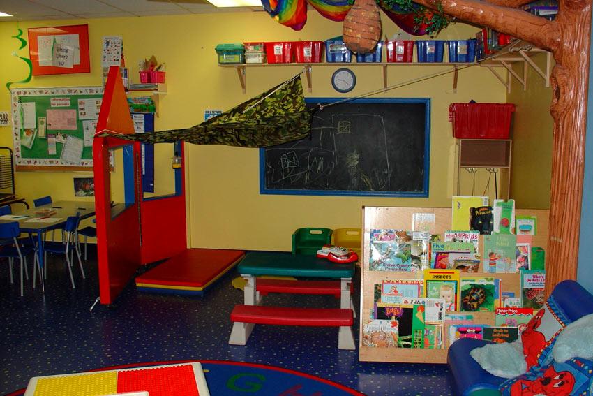 En las aulas de estos métodos pedagógicos alternativos se promociona el movimiento de los niños